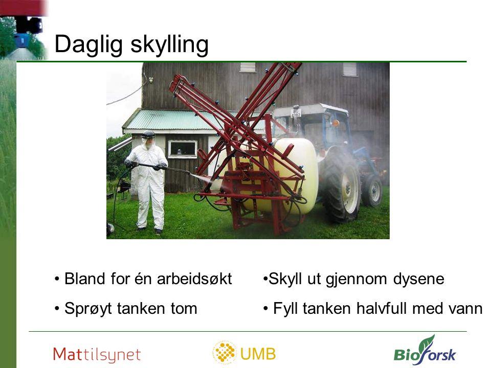 UMB Grundig rengjøring Grovskylling (på feltet) Bruk vaskemiddel Gjennomstrømming til alle deler Skylling