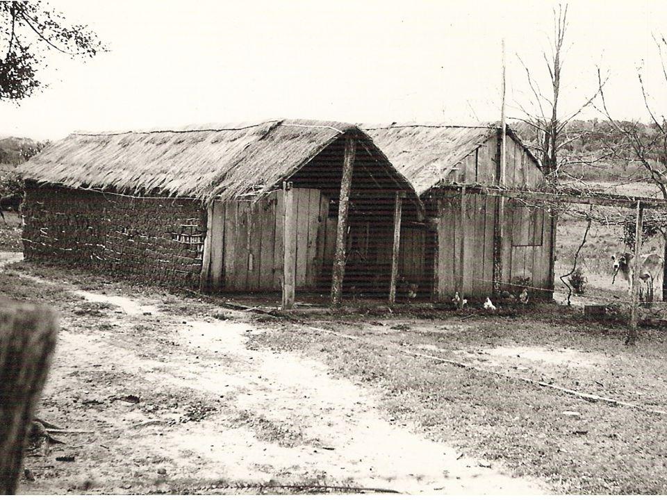 12.12.2014Misjon i Paraguay - veien videre11 Etablert misjon Den 21.juni 1958 kom de samme damene til Paso Cadena…og etablert norsk pinsemisjon var et