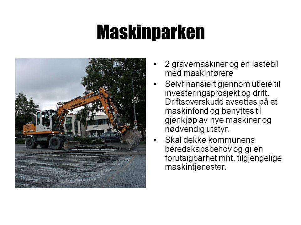 Maskinparken 2 gravemaskiner og en lastebil med maskinførere Selvfinansiert gjennom utleie til investeringsprosjekt og drift.