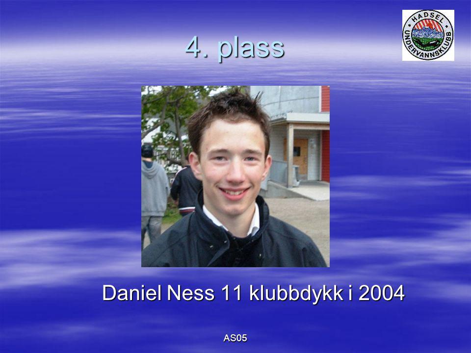 AS05 4. plass Daniel Ness 11 klubbdykk i 2004