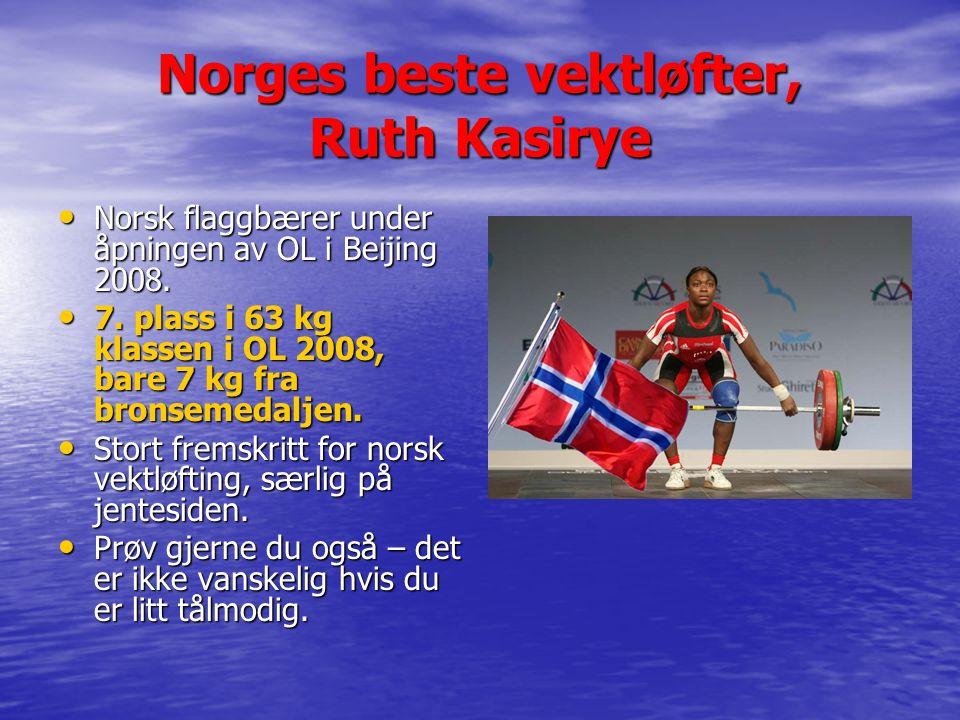 Norges beste vektløfter, Ruth Kasirye Norsk flaggbærer under åpningen av OL i Beijing 2008.