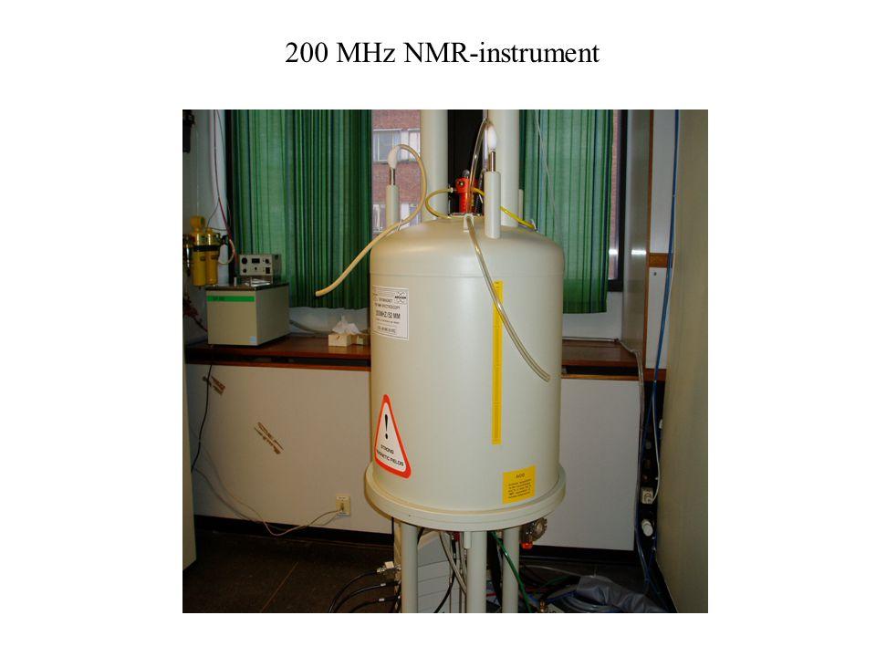 200 MHz NMR-instrument