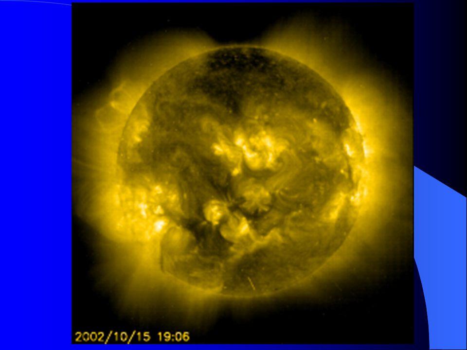Tidevann Tidevann skyldes tiltrekningskrefter fra månen og solen, samt sentrifugalkrefter som skyldes jordens rotasjon rundt gravitasjonssenterene for henholdsvis jord-måne og jord-sol systemet.