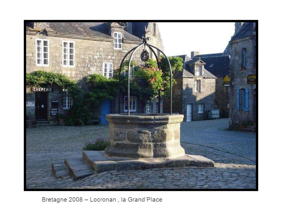 Bretagne 2008 – Locronan, la Grand'Place
