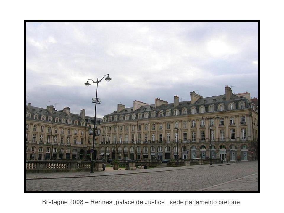 Bretagne 2008 – Rennes,palace de Justice, sede parlamento bretone