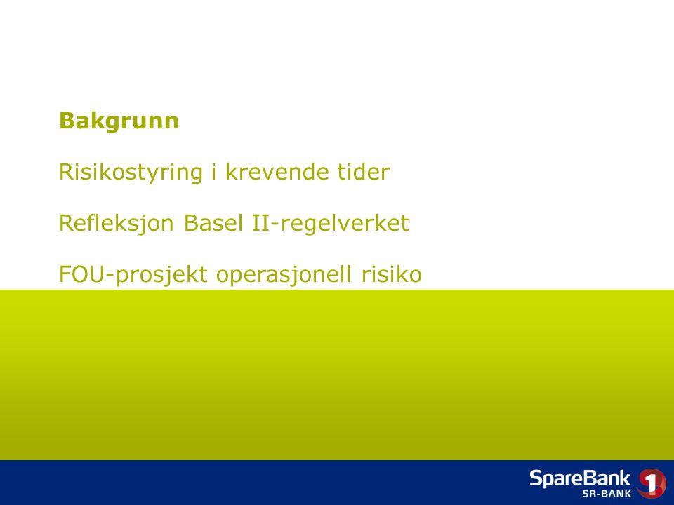 3 Skal SpareBank 1 SR-Bank utnytte de forretnings- mulighetene som avanserte risikostyringssystemer gir og ta et steg opp i elitedivisjonen, eller skal banken kun tilpasse seg minimumskravene og få nedrykk .