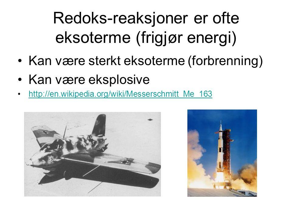 Eksempel på eksoterm reaksjon Knallgass: http://en.wikipedia.org/wiki/Exothermic_reaction