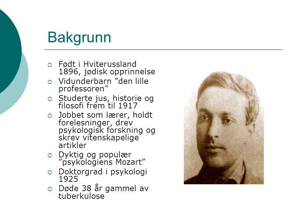 """Bakgrunn  Født i Hviterussland 1896, jødisk opprinnelse  Vidunderbarn """"den lille professoren""""  Studerte jus, historie og filosofi frem til 1917  J"""