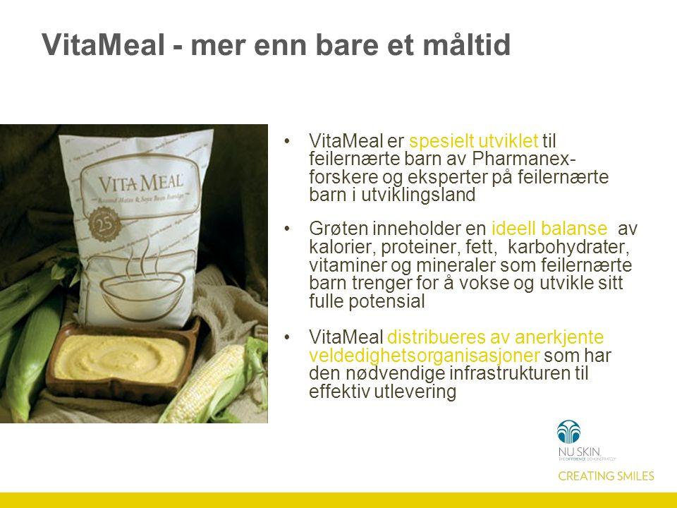 VitaMeal - mer enn bare et måltid VitaMeal er spesielt utviklet til feilernærte barn av Pharmanex- forskere og eksperter på feilernærte barn i utviklingsland Grøten inneholder en ideell balanse av kalorier, proteiner, fett, karbohydrater, vitaminer og mineraler som feilernærte barn trenger for å vokse og utvikle sitt fulle potensial VitaMeal distribueres av anerkjente veldedighetsorganisasjoner som har den nødvendige infrastrukturen til effektiv utlevering