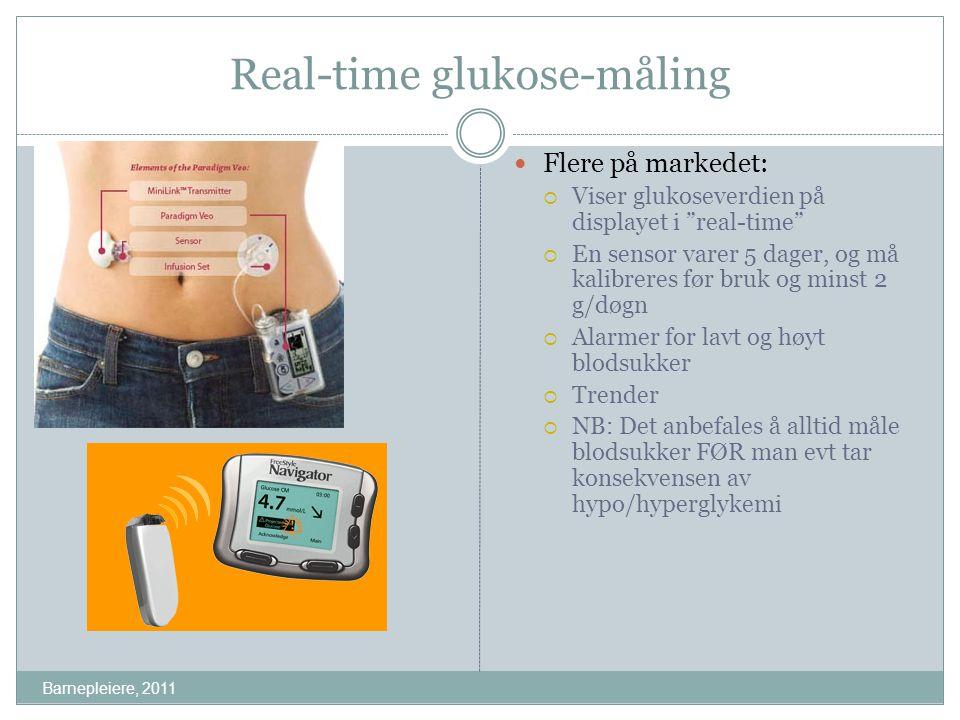 "Real-time glukose-måling Flere på markedet:  Viser glukoseverdien på displayet i ""real-time""  En sensor varer 5 dager, og må kalibreres før bruk og"