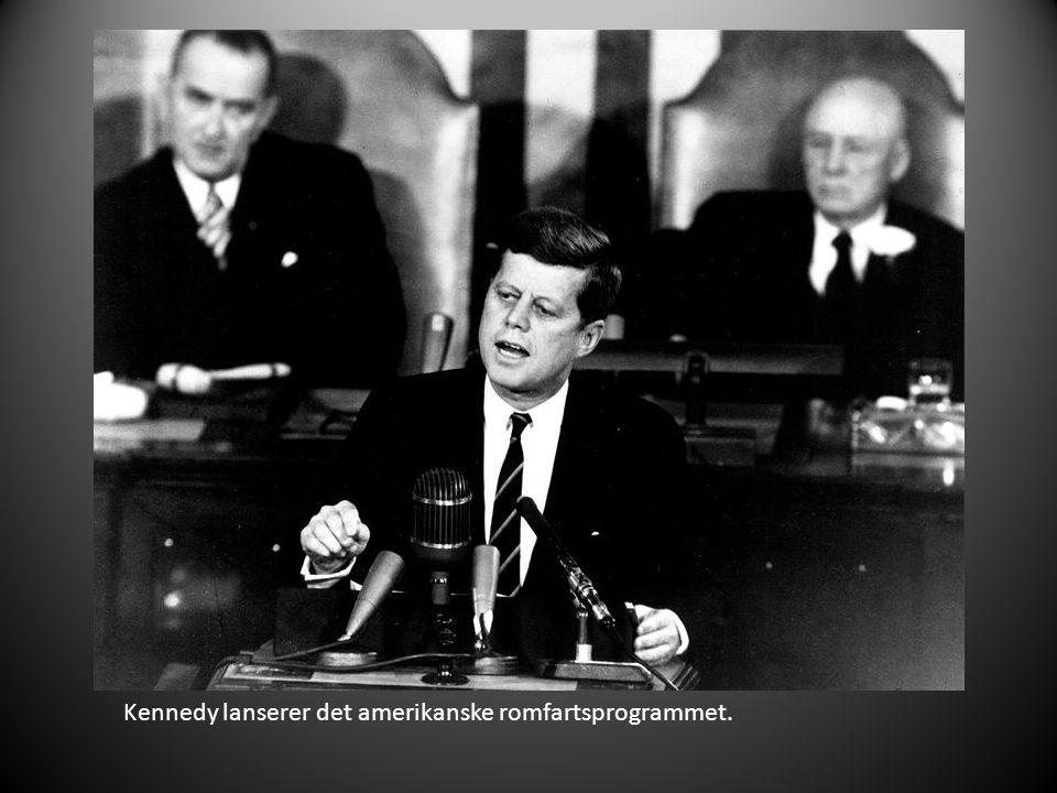Kennedy lanserer det amerikanske romfartsprogrammet.
