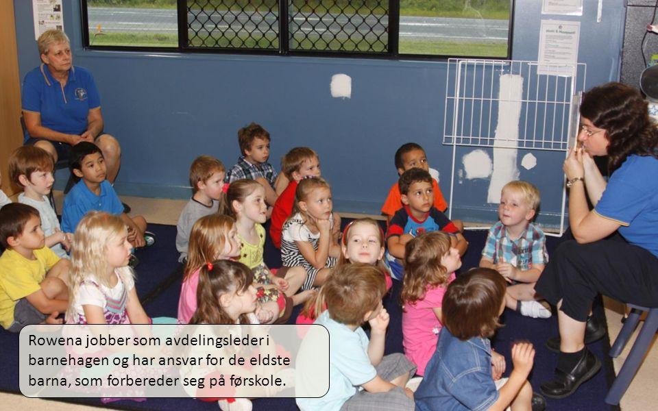01.04.11 Rowena jobber som avdelingsleder i barnehagen og har ansvar for de eldste barna, som forbereder seg på førskole.