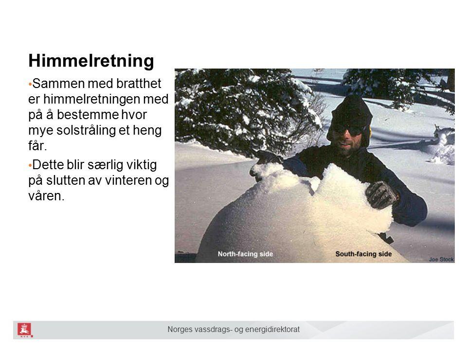 Norges vassdrags- og energidirektorat Himmelretning Sammen med bratthet er himmelretningen med på å bestemme hvor mye solstråling et heng får.