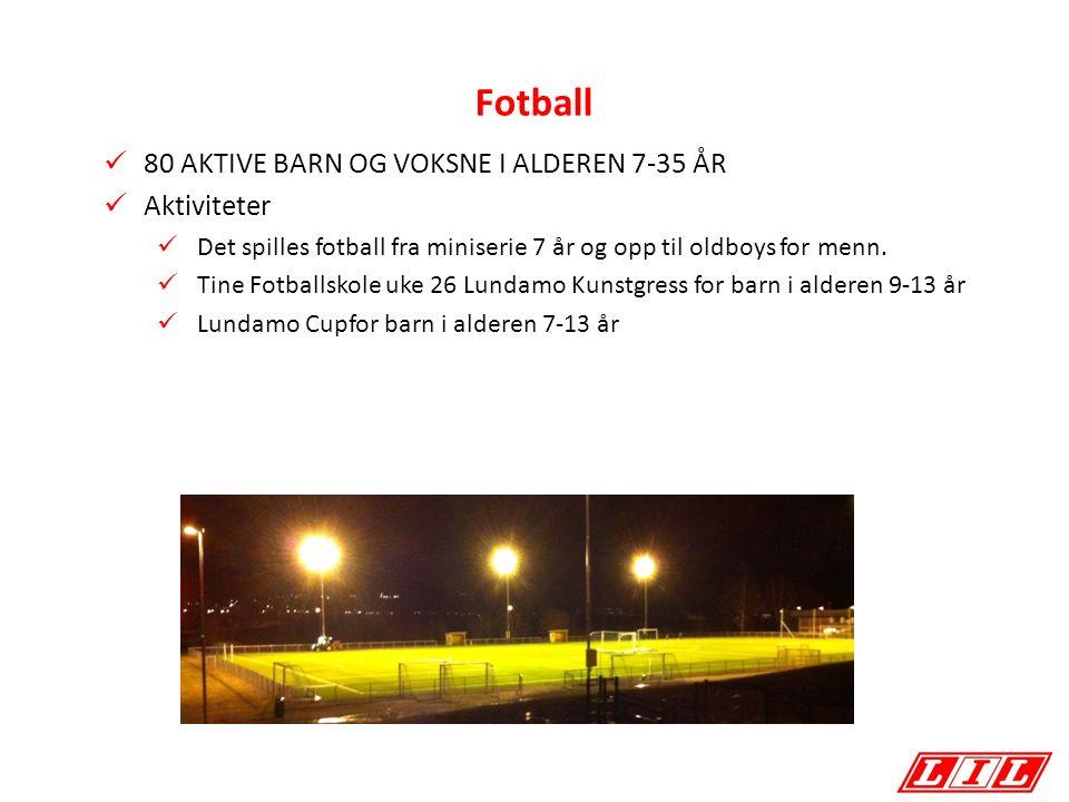 Fotball 80 AKTIVE BARN OG VOKSNE I ALDEREN 7-35 ÅR Aktiviteter Det spilles fotball fra miniserie 7 år og opp til oldboys for menn.