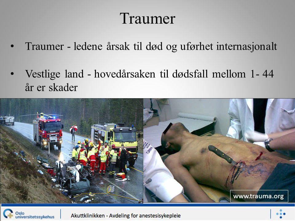 www.trauma.org Traumer Traumer - ledene årsak til død og uførhet internasjonalt Vestlige land - hovedårsaken til dødsfall mellom 1- 44 år er skader