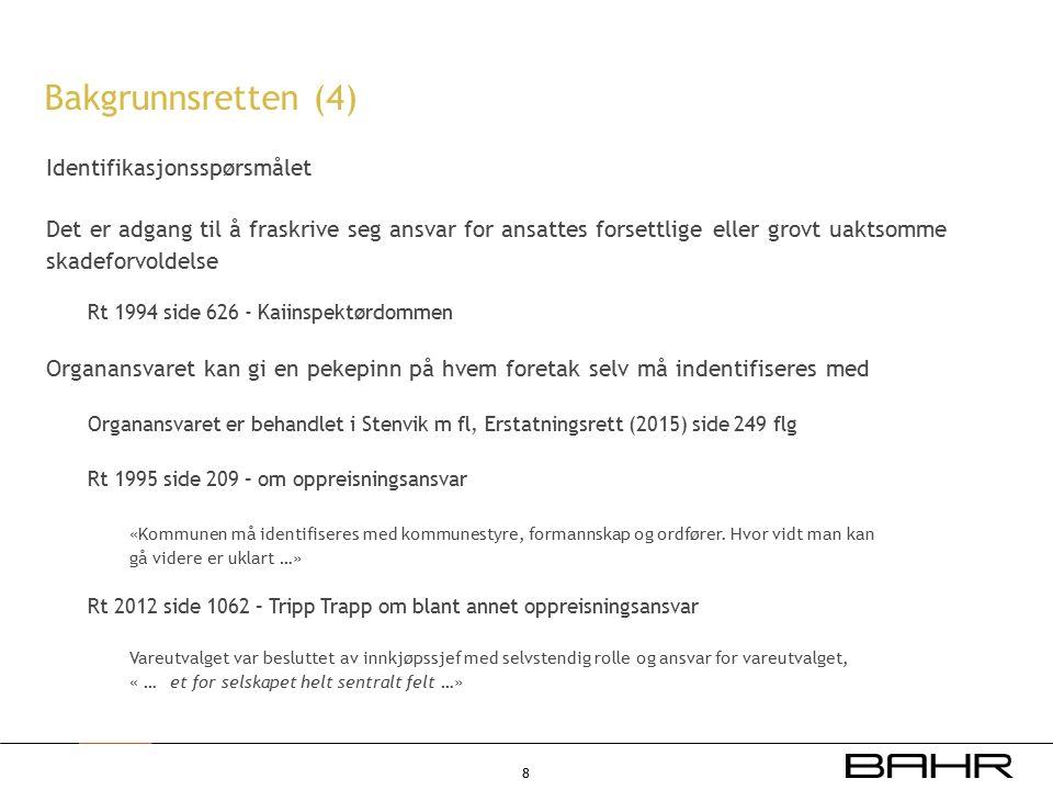 #6454853  Identifikasjonsspørsmålet er ikke avklart i norsk rett På den ene side Viggo Hagstrøm: Obligasjonsrett (2011) side 652: Praksis synes «å ha lagt til grunn at en alment avfattet fraskrivelse … ikke kan anses å dekke grov uaktsomhet, og det uten hensyn til om den grove uaktsomhet må tilregnes kontraktsparten pga.