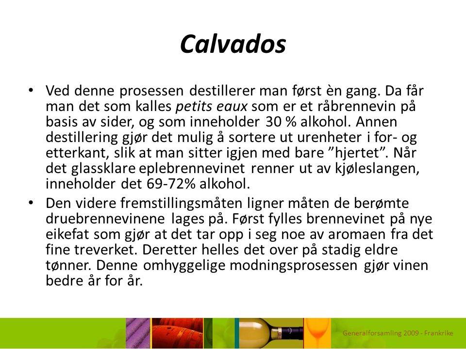 Calvados Ved denne prosessen destillerer man først èn gang. Da får man det som kalles petits eaux som er et råbrennevin på basis av sider, og som inne