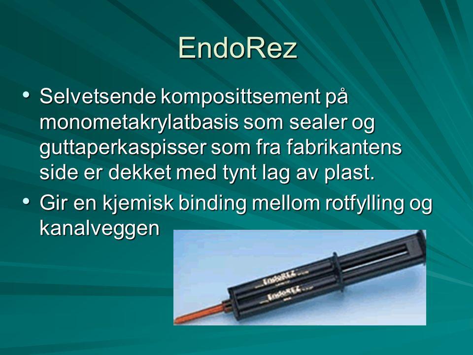 EndoRez Selvetsende komposittsement på monometakrylatbasis som sealer og guttaperkaspisser som fra fabrikantens side er dekket med tynt lag av plast.
