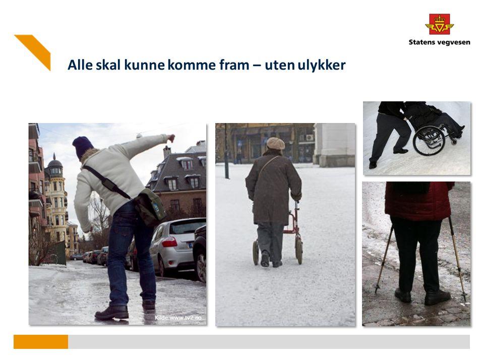 Fallulykker ► Andelen fotgjengere som ble skadd på snø- eller isdekket underlag er anslått til mellom 35 og 45 prosent av alle skadde fotgjengere per år.