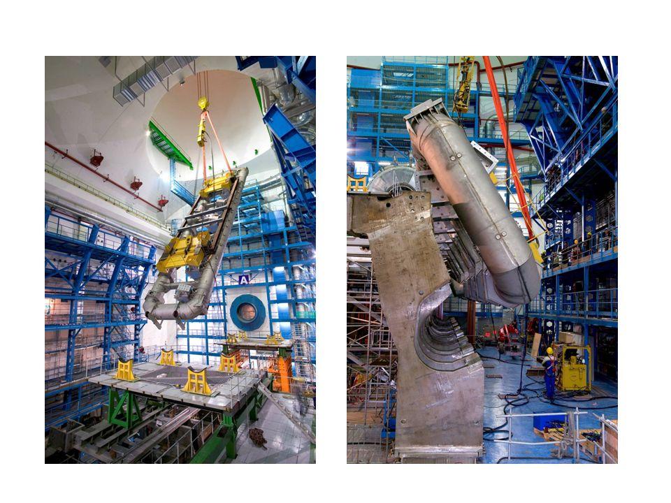 28 Installasjon av en toroidemagnet i ATLAS-hulen