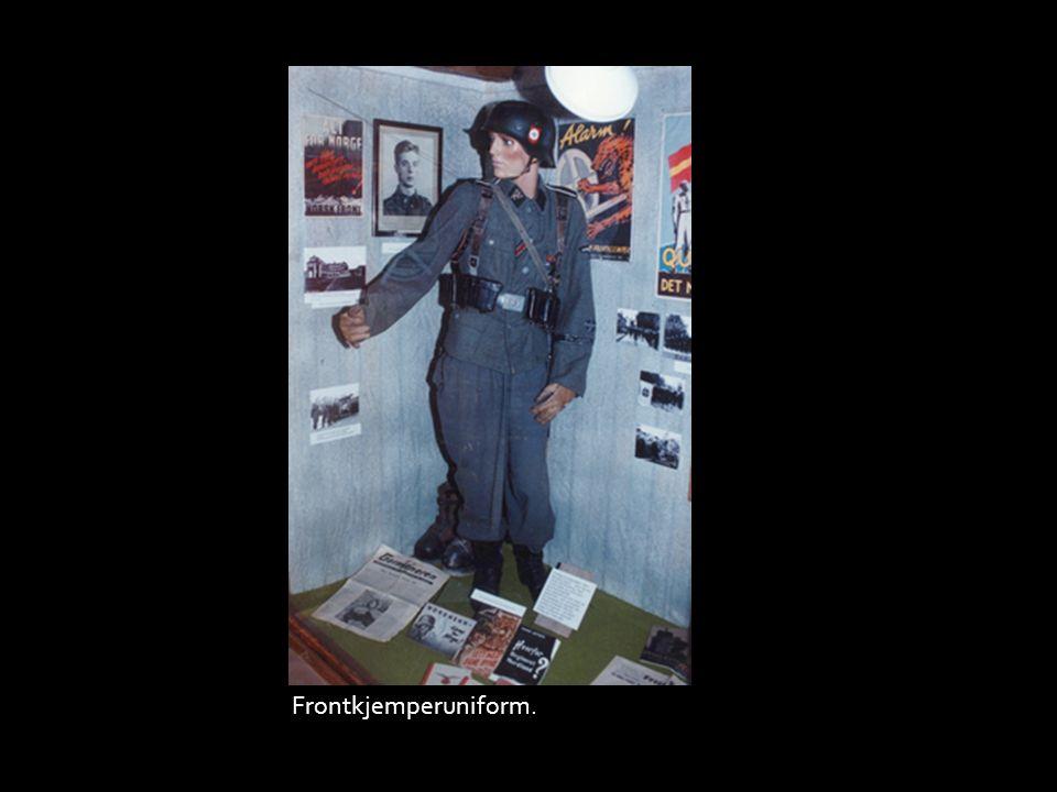 Frontkjemperuniform.