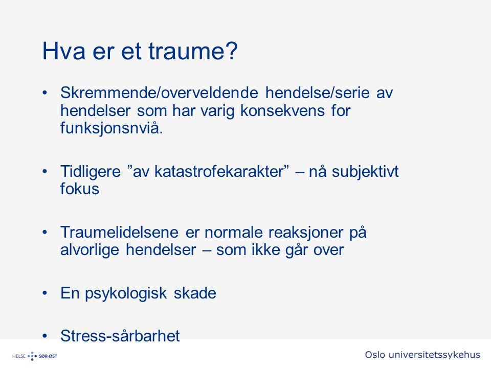 Oppsummering/konklusjon Personer med UH og/eller ASD er mer utsatt for potensielt traumatiserende hendelser og mer sårbare for dem Utfordrende atferd er en del av symptombildet hos de fleste med UH Inngripende, skadeavvergende tiltak kan i verste fall til traumelidelser – uvisst hvor ofte det innebærer å erstatte et problem med et annet