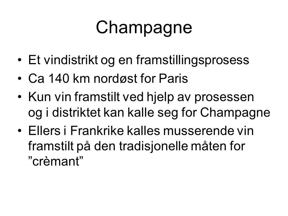 Champagne Klassisk champagne har alltid vært et blandingsprodukt (85%) –Kjent under produsentens navn Oppnår kompleksitet ved blanding –Tre eller flere årganger, 30 – 40 landsbyer pr årgang 19000 vinbønder eier 27500 hektar –Kun 10% tilhører de store eksportfirmaene