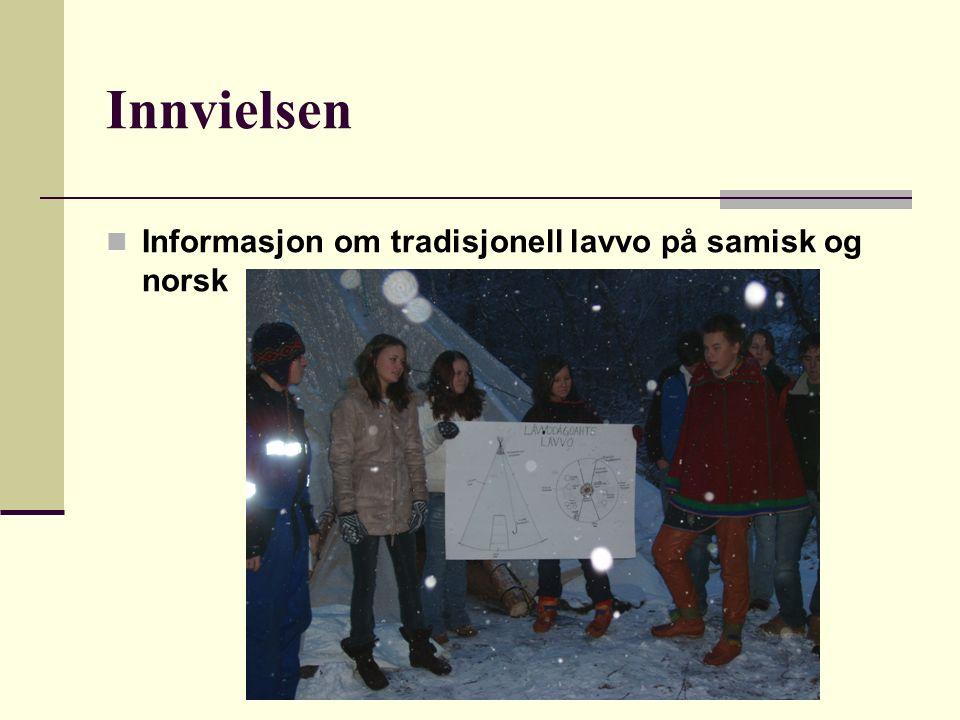 Innvielsen Informasjon om tradisjonell lavvo på samisk og norsk