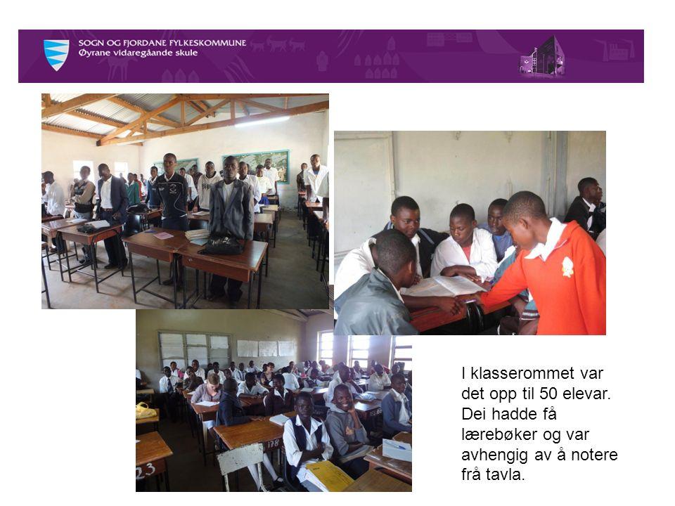 I klasserommet var det opp til 50 elevar.