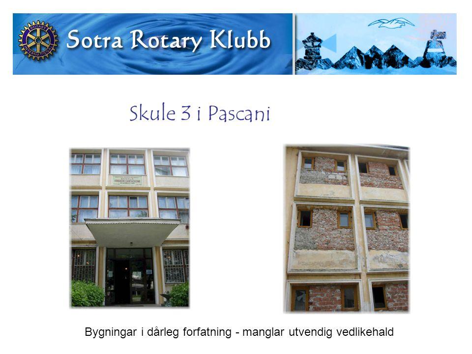 Skule 3 i Pascani Bygningar i dårleg forfatning - manglar utvendig vedlikehald