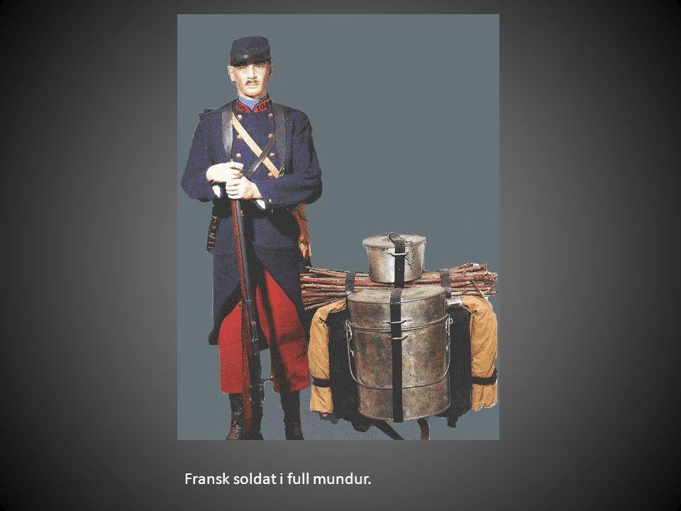Fransk soldat i full mundur.