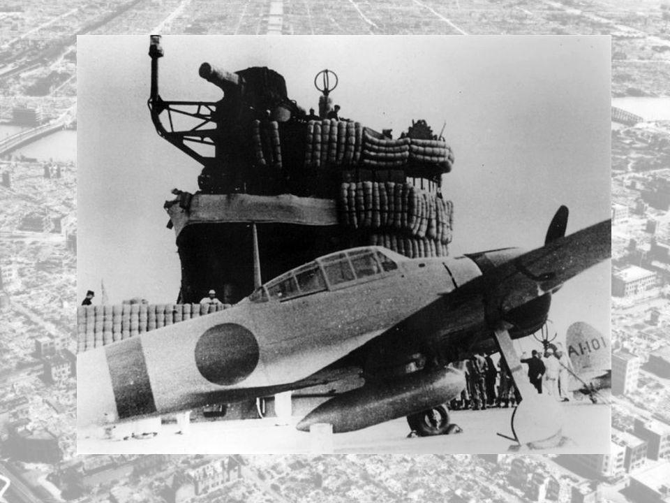 Da det var blitt mørkt den 17. november 1941 dro hele angrepsstyrken avgårde. Angrepsstyrken besto av: - 3 kryssere - 6 hangarskip - 2 slagskip - 9 ja