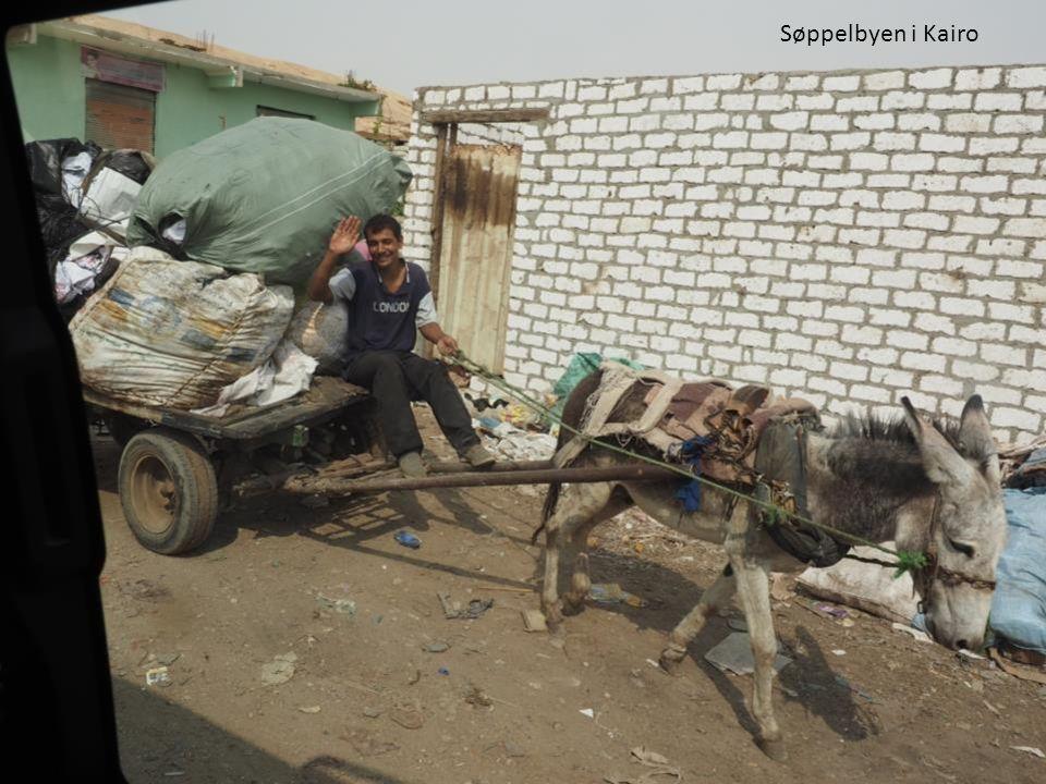 Søppelbyen i Kairo