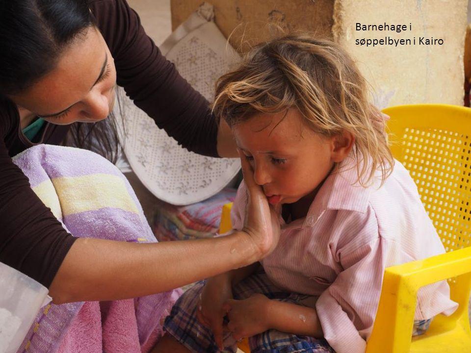 Barnehage i søppelbyen i Kairo