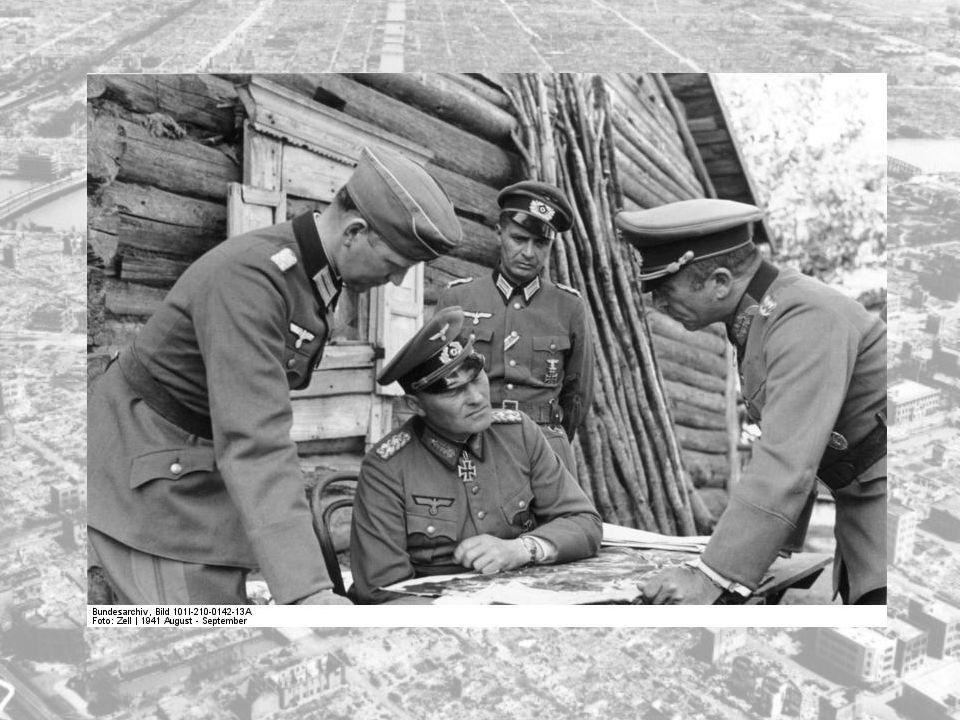 Beleiringen av Leningrad betegner tyske og finske styrkers beleiring av Leningrad (nåværende St.