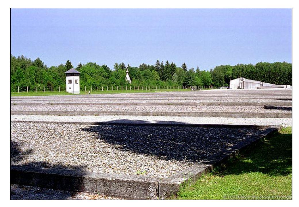 Historien må ikke bli glemt I Dachau måtte man også bygge opp trebrakkene etter krigen. Resten av leiren er bare fundamenter