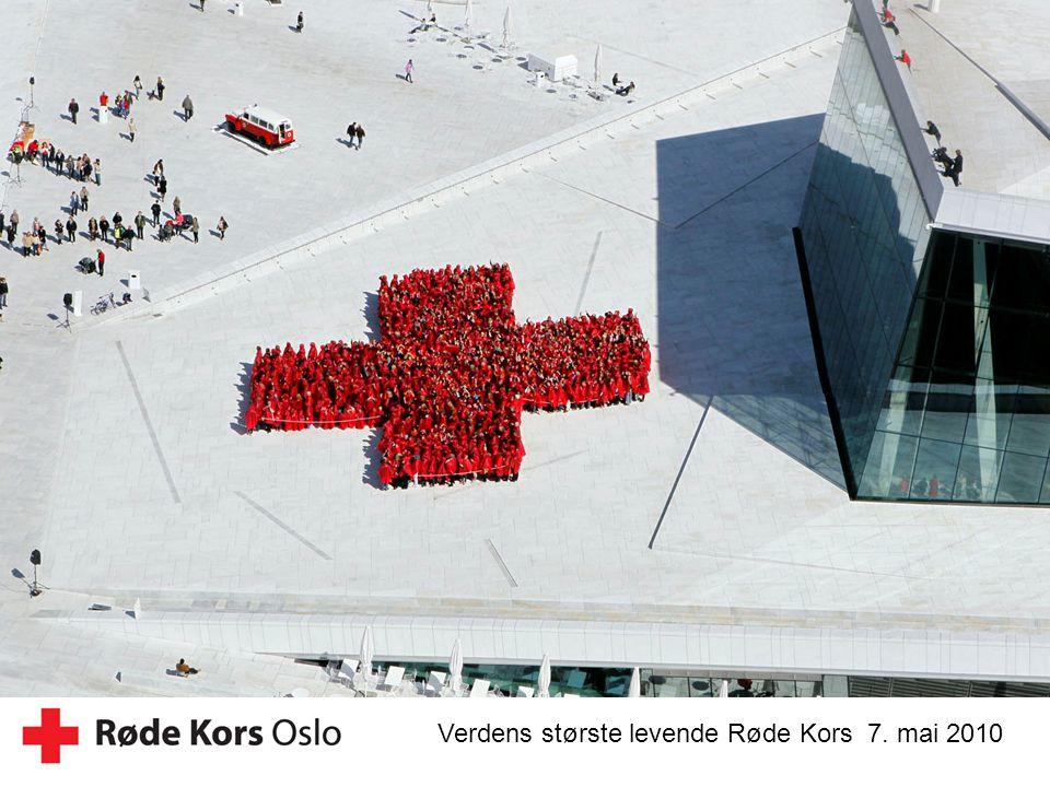 21 Verdens største levende Røde Kors 7. mai 2010