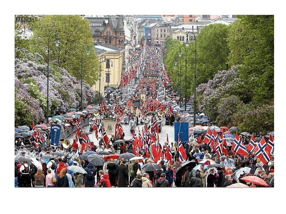 • Det arrangeres barnetog på formiddagen. Skolebarna går i tog mens de vifter med norske flagg og synger sanger. Mange steder spiller musikkorps i tog