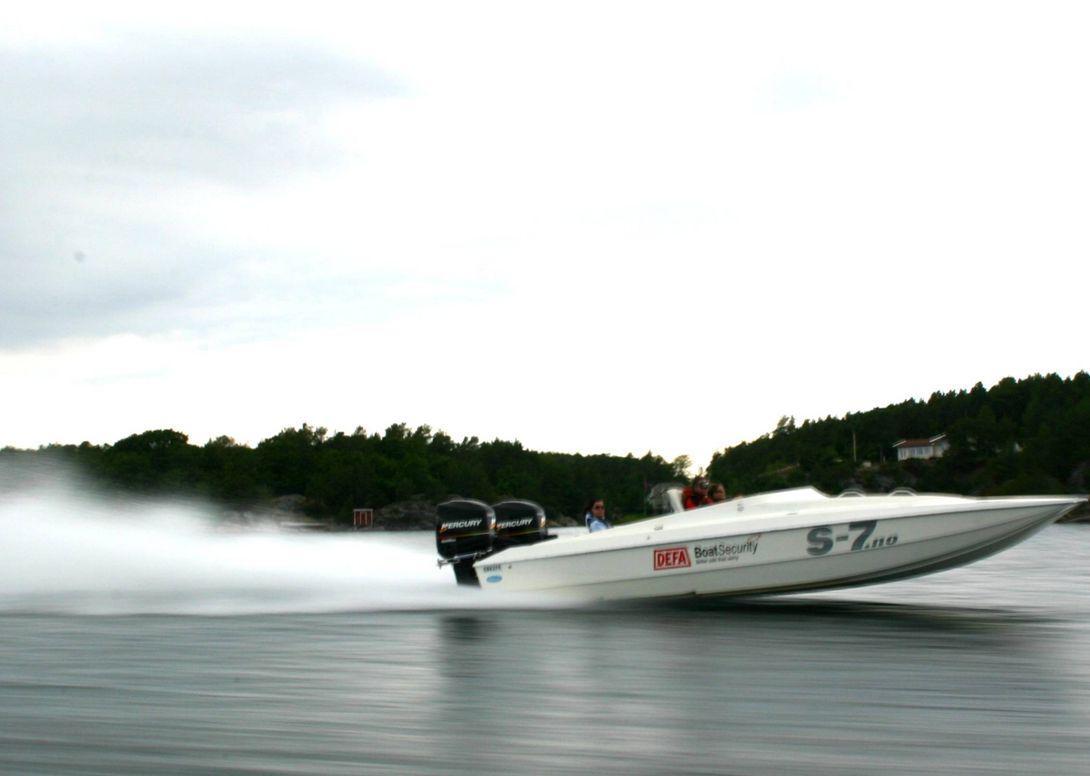 Team S-7 Throttleman Espen Hilde (45) er norgesmester i offshoreracing (2004).