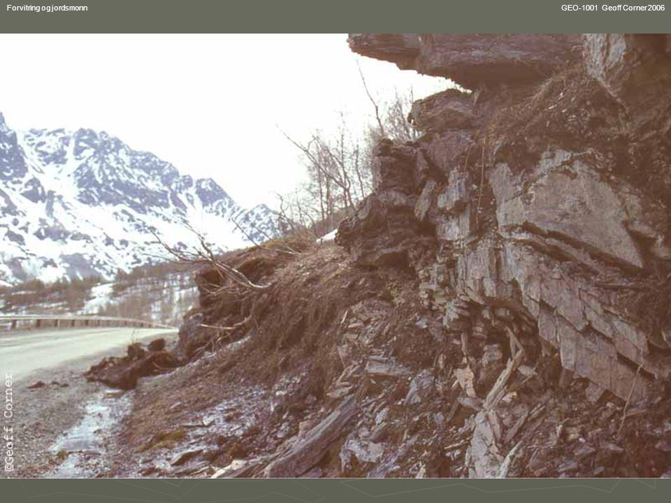 GEO-1001 Geoff Corner 2006Forvitring og jordsmonn Lateritt og bauxsitt ► Sterk kjemisk forvitring i humide tropiske strøk (med oppløsning og utvasking av vanlige elementer) produserer det røde aluminiumrik jordsmonnet lateritt (brukt som 'murstein til venstre).