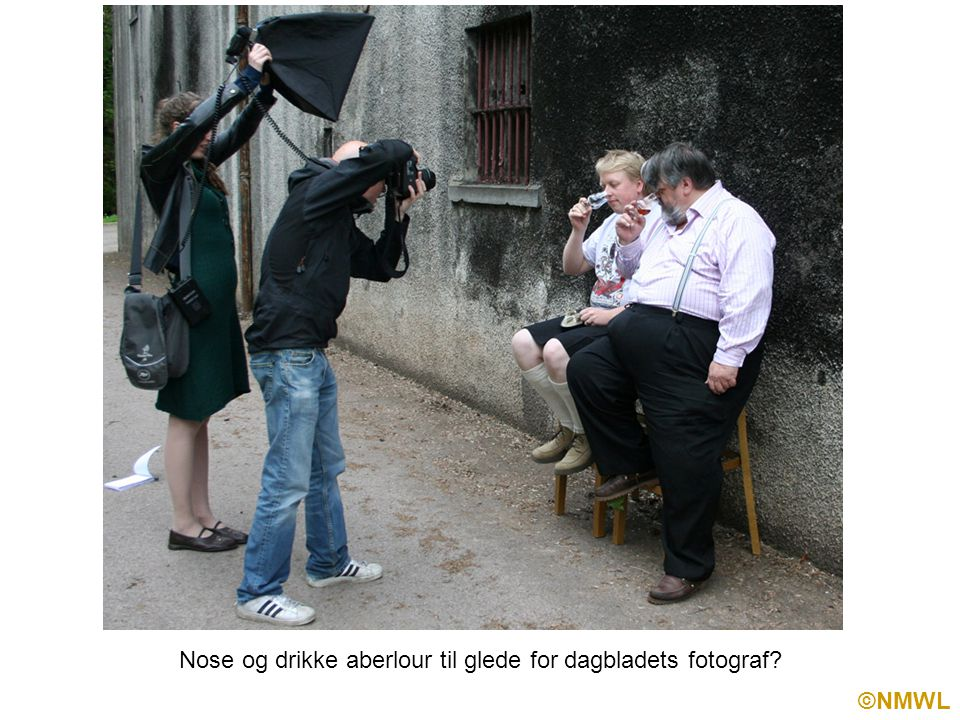 ©NMWL Nose og drikke aberlour til glede for dagbladets fotograf
