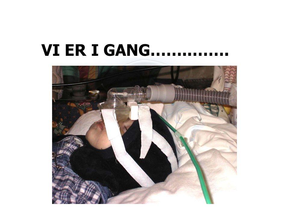 VI ER I GANG……..…….