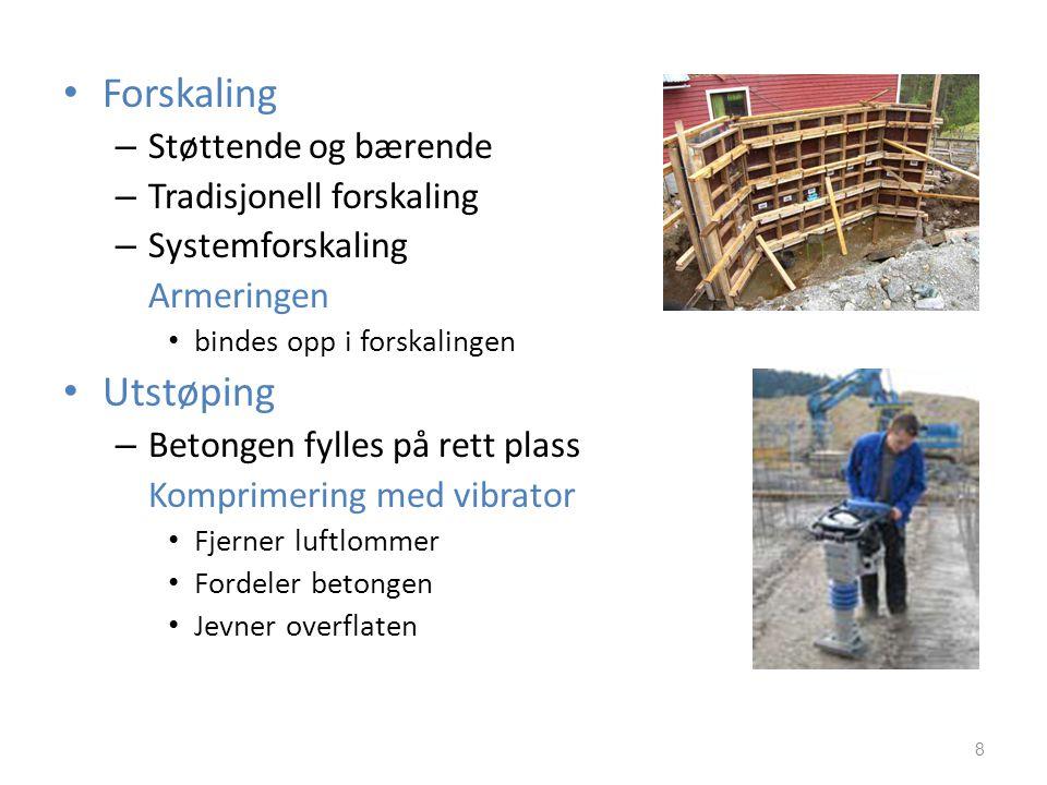 • Støpelighet – Hvor lett betongen lar seg støpe ut – Separasjon • Separasjon – Bleeding/vannseparasjon – Separasjon av tilslag • Herding – Størkning/avbinding – Hydratisering – Økende fasthet – 28-døgnsfastheten – tid-fukt-temperatur 9