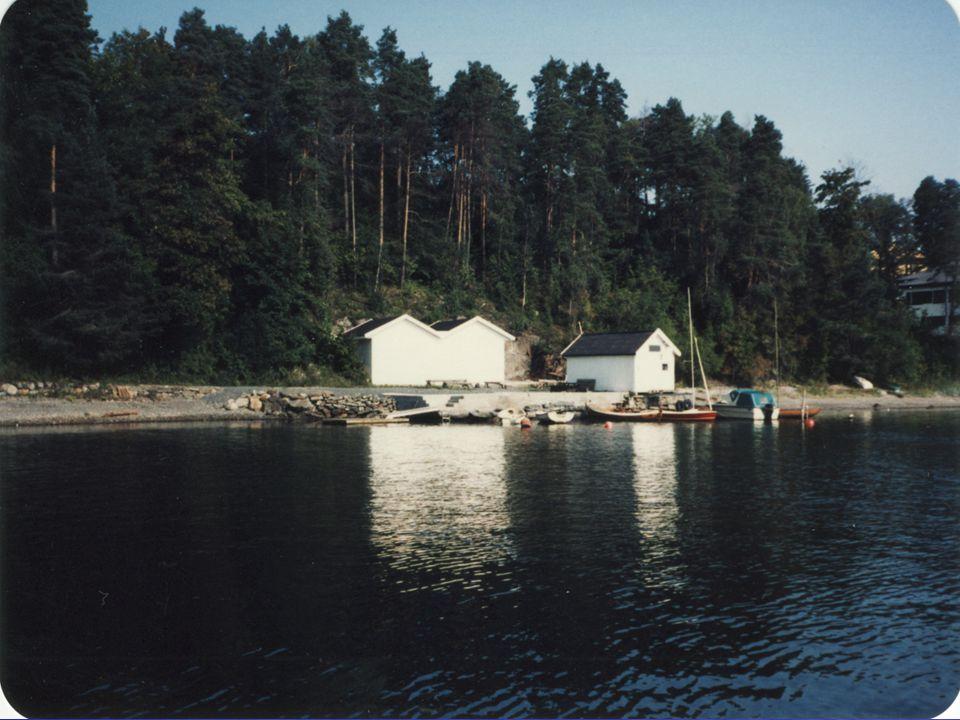 Gjenoppbygging • Rolf Haavik • Nesbru Videregående • Nybygd båthus • Kommunens båthus – NEI – ikke forsikret