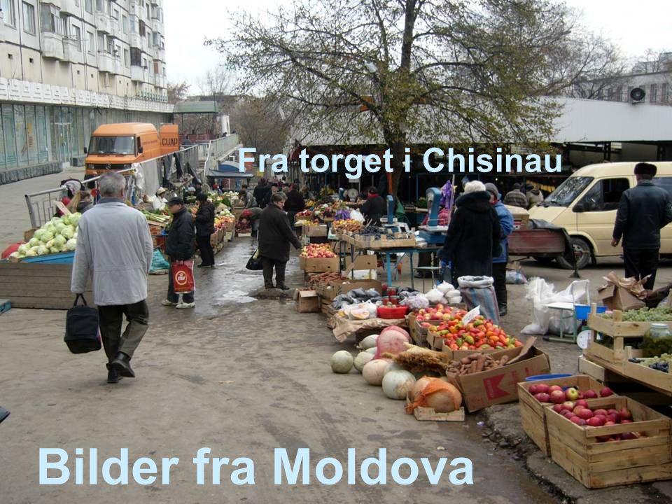Bilder fra Moldova Fra torget i Chisinau