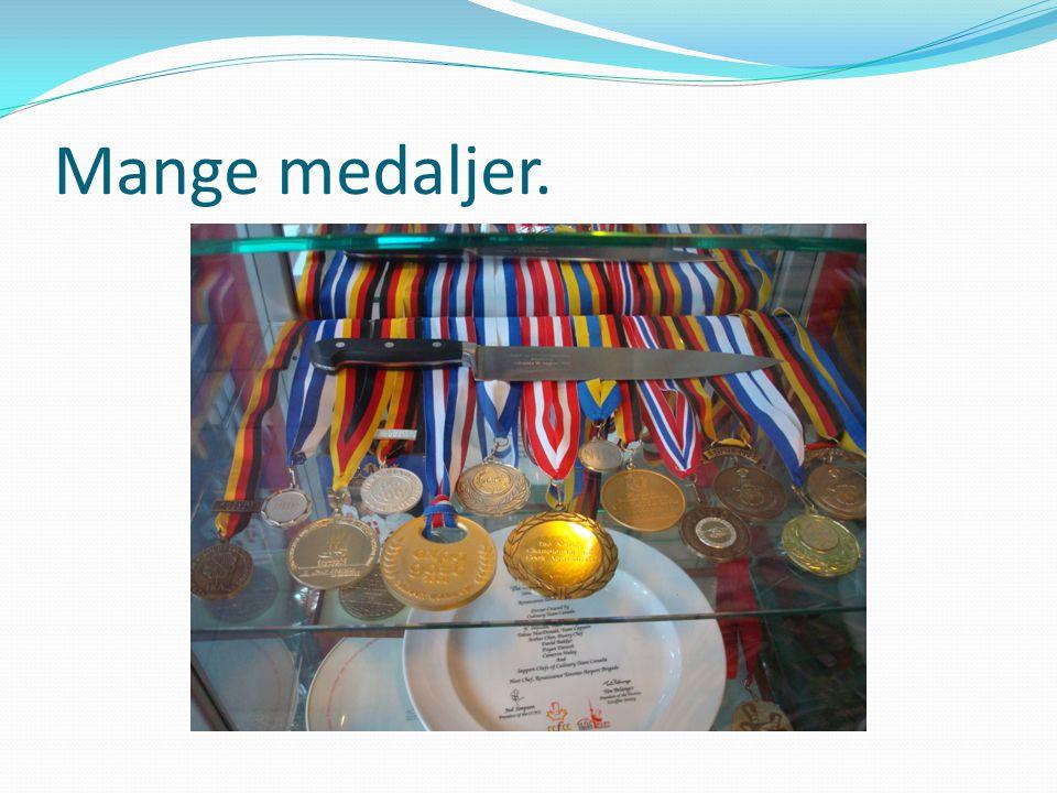 Mange medaljer.