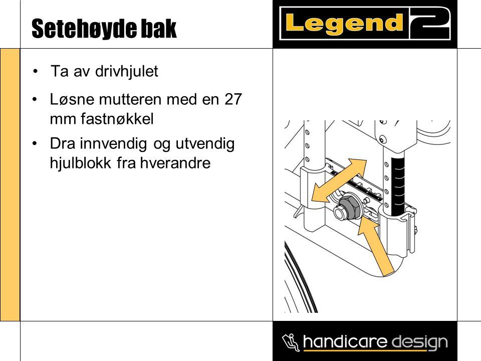 Ryggvinkel •Måleskalaen på rygg- innfestingsbraketten viser at vinkelen på ryggen kan justeres fra -5° til 15° •Løsne skuren (A) med en 4 mm umbrakonøkkel •Dra ut låseringen (B), juster vinkelen på ryggen og slipp låseringen ved ønsket vinkel •Skru til skruen igjen A B