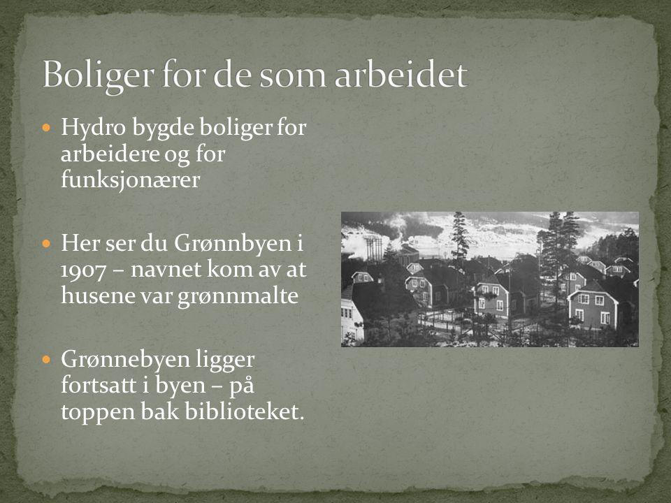  Slik så Notodden ut i 1911 –altså for 99 år siden  I 1907 bodde det 2000 mennesker i Notodden.  I 1913 fikk Notodden bystatus.