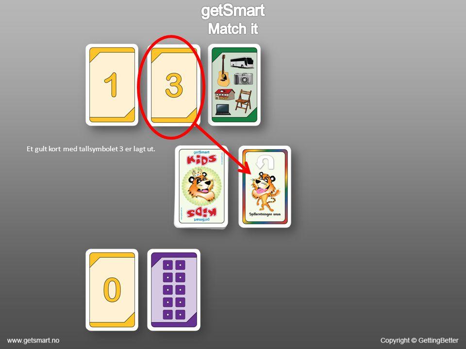 Et gult kort med tallsymbolet 3 er lagt ut.