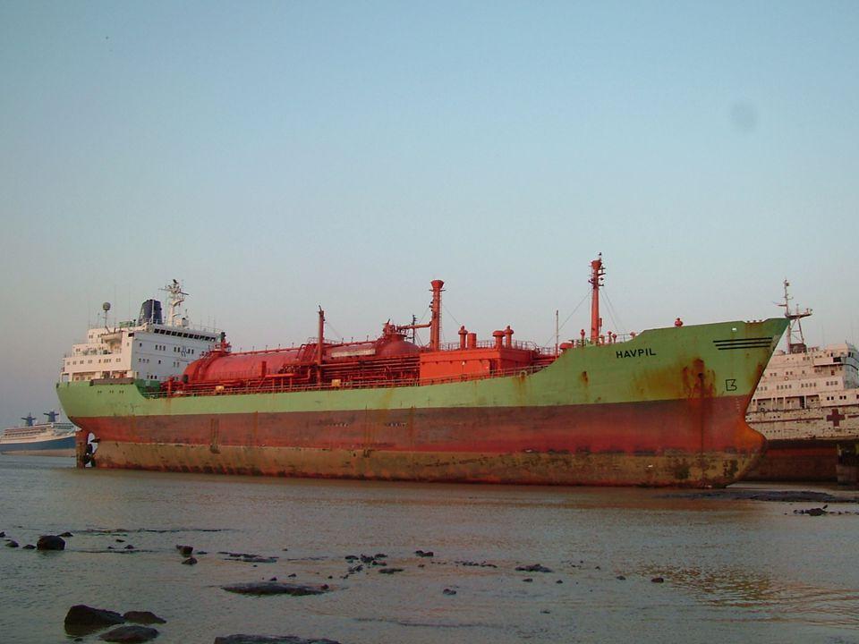 Skips-skrapmarkedet •Verdensflåten: Ca.